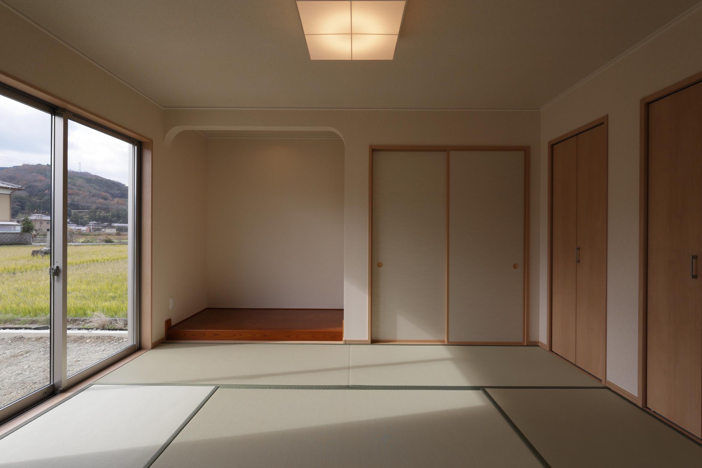 モダンな三角屋根のお家画像03